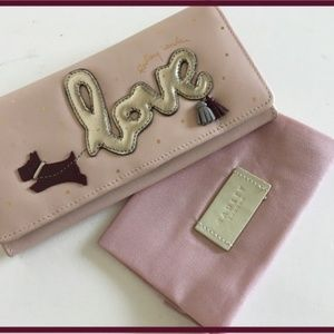 RADLEY LONDON Bags - Radley London LOVE IS IN THE AIR FLAPOVER MATINEE